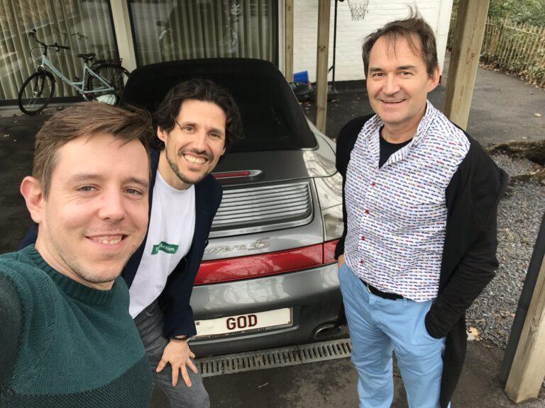 ROUTE 20: God rijdt met een Porsche – met Tom Herregodts